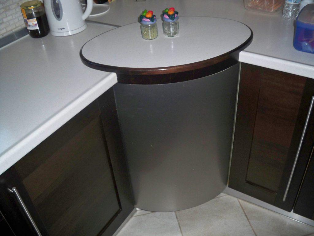 Κυκλικό ντουλάπι αποθήκευσης