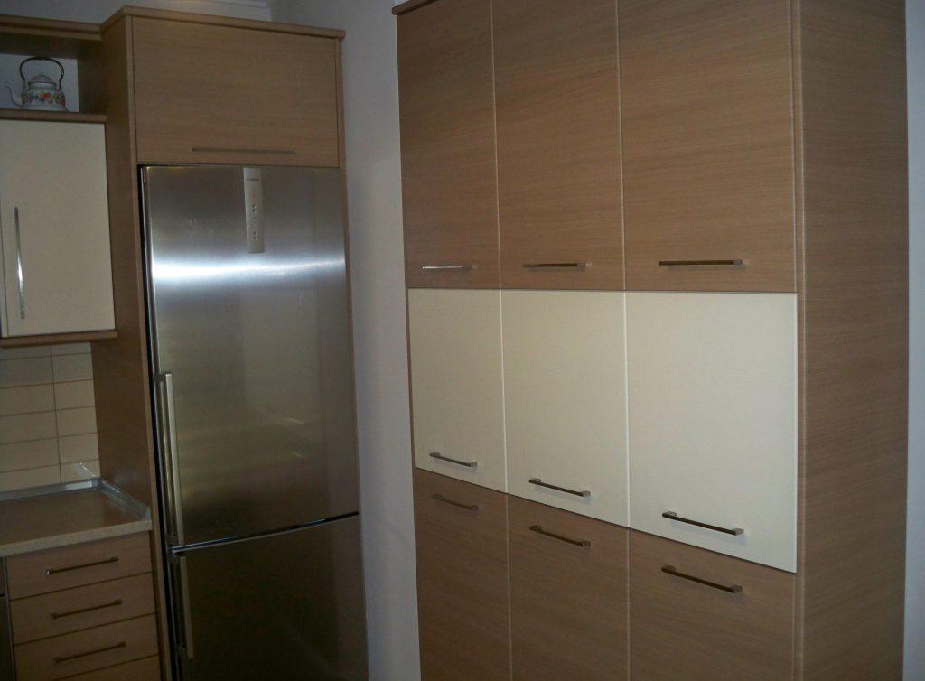 Ντουλάπια κουζίνας για επιπλέον αποθηκευτικό χώρο